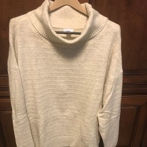 Warm ivory sweater, size XXL Tall